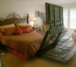Плазменная панель из-под кровати