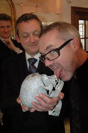 Череп выставляется в лондонской галерее White Cube,topnews.ru