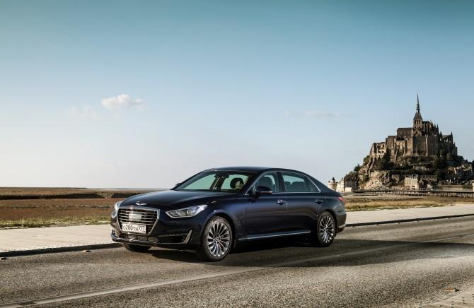 Продажи автомобилей Genesis в России в мае выросли в 3,3 раза